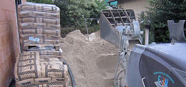 Estrichpumpe und Zement
